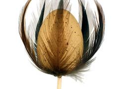Bijsteker Kievit ei met veren 6cm+50cm stok bruin