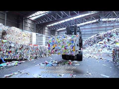 Van Krimpen maakt plastic-cirkel rond